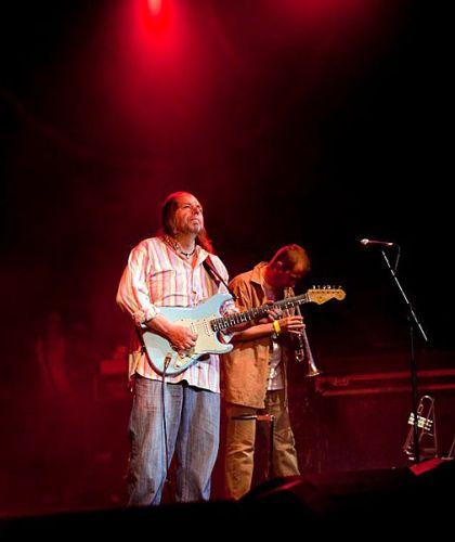 rayrussellbandvines2009-53