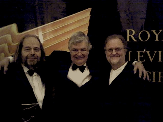 06-27-06-ray-with-david-reynolds-and-director-paul-harrison