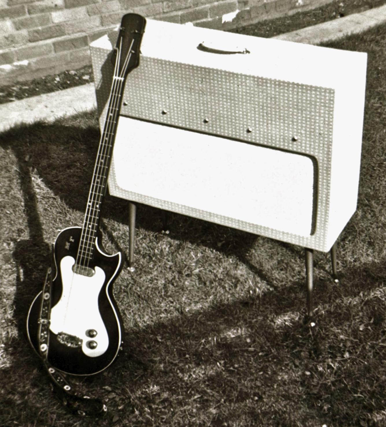 Mo's first tuxedo-amp-690