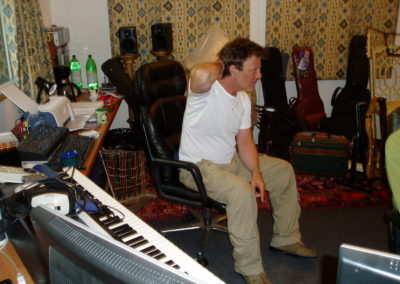 Gary recording tracks for Svengali